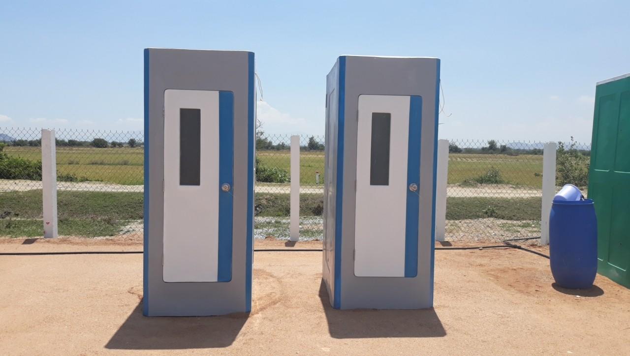 Đây là lô nhà vệ sinh công trường thứ 2 chúng tôi cung cấp cho nhà máy điện gió Ninh Thuận trong vòng 1 tháng