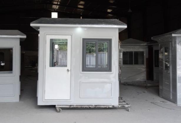 Cabin bảo vệ 1.9x2.15m có màu tiêu chuẩn sáng hơn