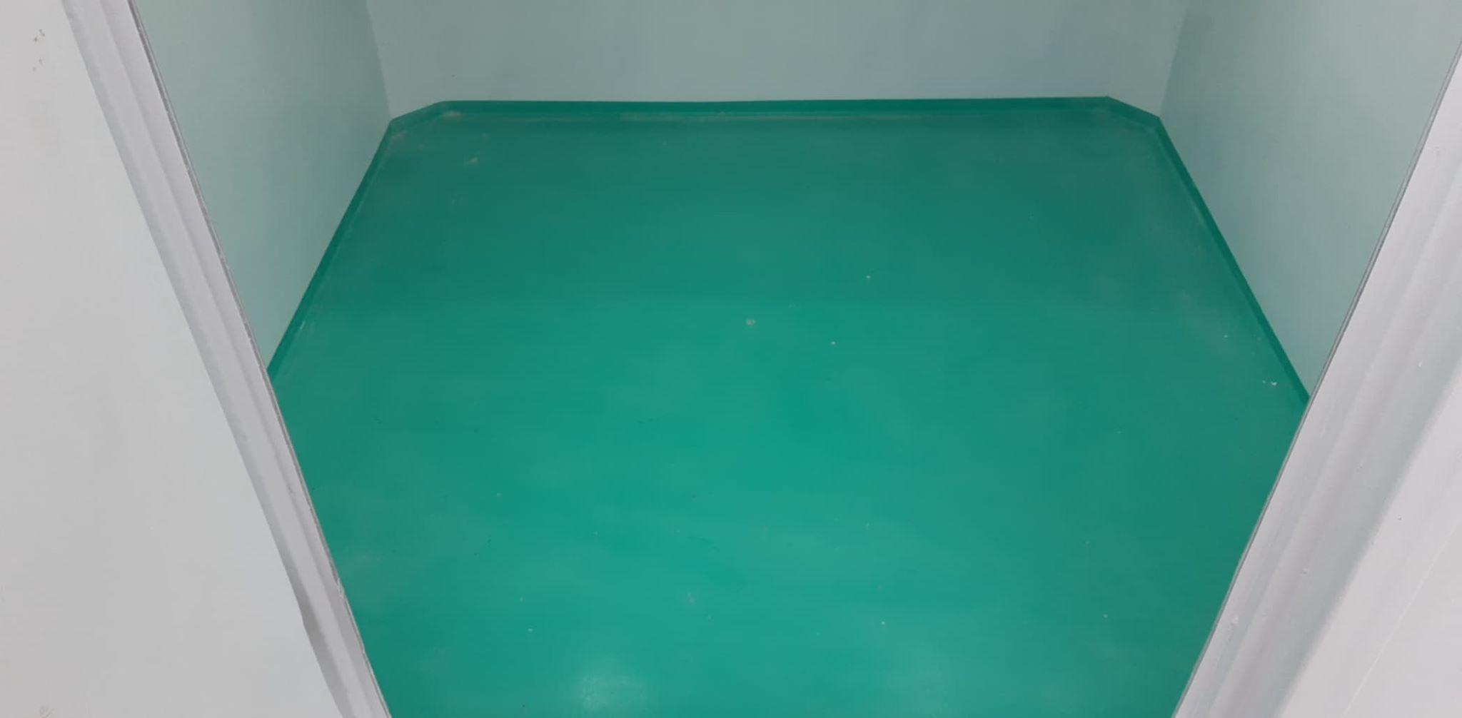 Sàn composite đúc liền tường phía trong